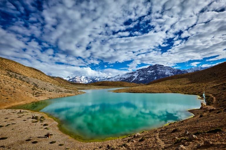 स्पीति घाटी के पर्यटन स्थल धनकर झील