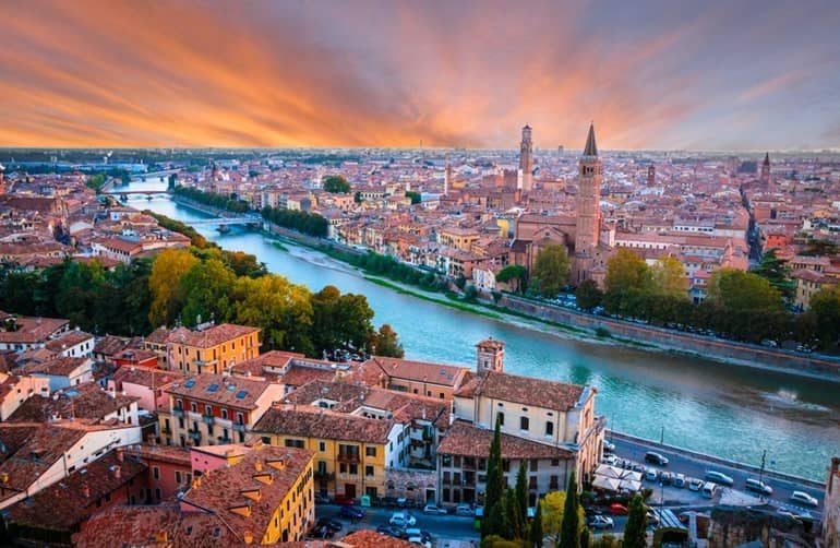 इटली देश के बारे में जानकारी और प्रमुख पर्यटन स्थल, Best Places To Visit In Italy In Hindi