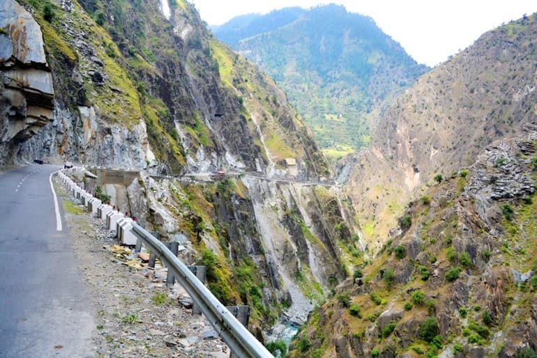 धौला कुआँ में घूमने लायक जगह और इसके पर्यटन स्थल की जानकारी, Dhaula Kuan In Hindi