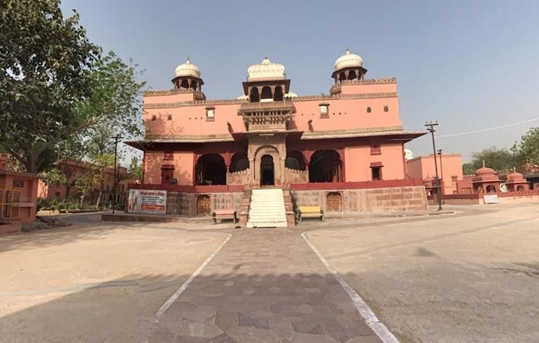 शिवबाड़ी मंदिर