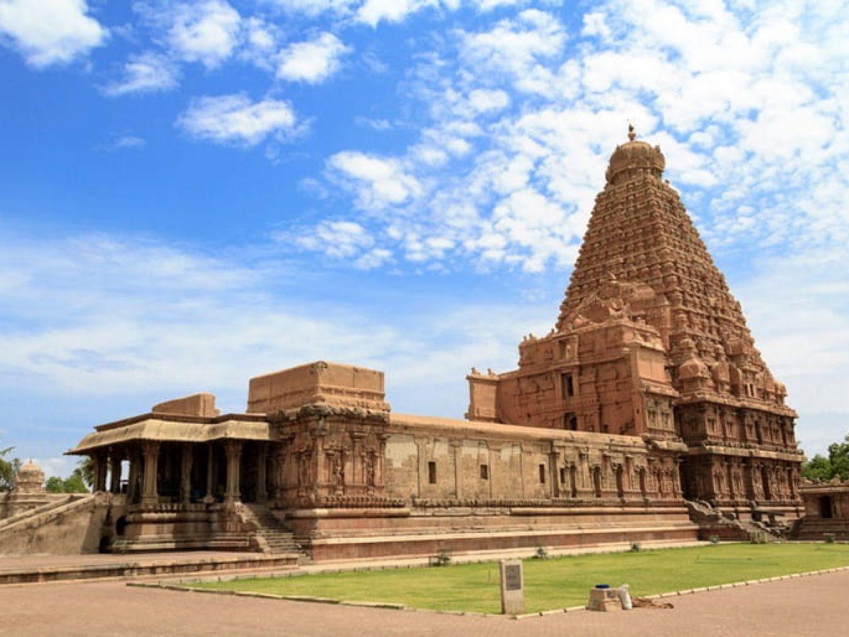 बृहदेश्वर मंदिर तंजावुर के दर्शन की पूरी जानकारी - Brihadeeswarar Temple Information In Hindi