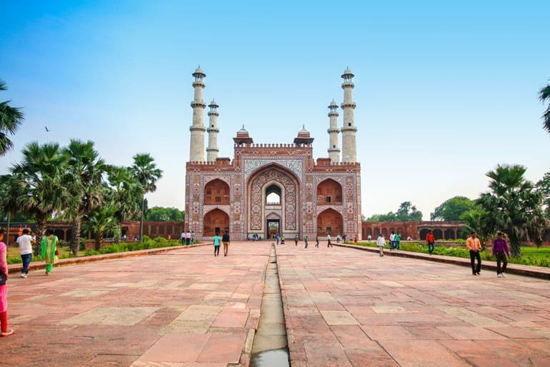 अकबर का मकबरा घूमने की पूरी जानकारी – Akbar's Tomb In Hindi