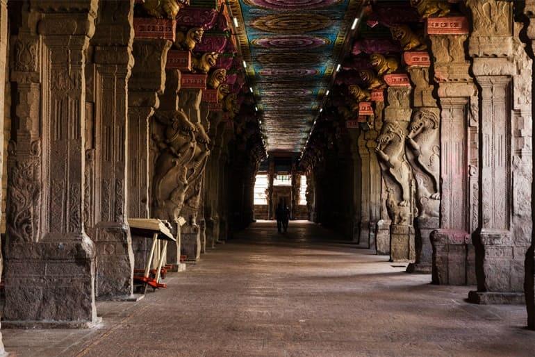 मीनाक्षी अम्मन मंदिर की वास्तुकला