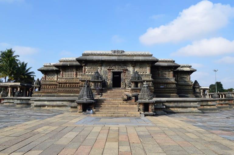 चिकमगलूर में देखने के लिए ऐतिहासिक स्थान बेलूर