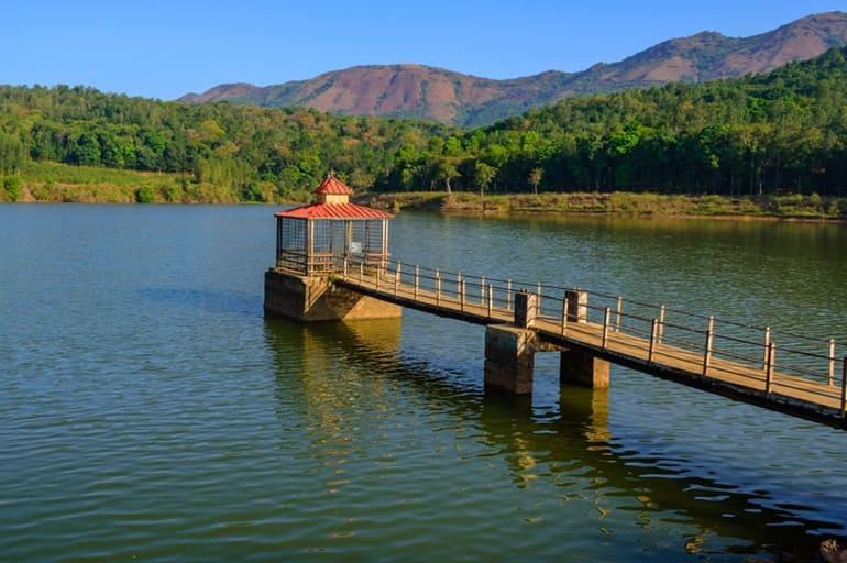 चिकमगलूर के पर्यटन स्थल हिरेकोले झील