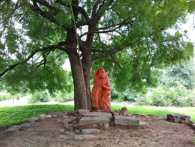 भरहुत स्तूप का इतिहास हिंदी में