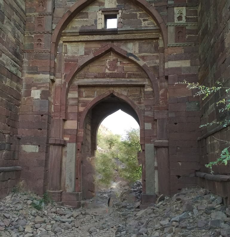 करौली में देखने लायक जगह तिमनगढ़ किला