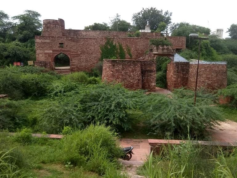 शेरगढ़ किला घूमने जाने का सबसे अच्छा समय