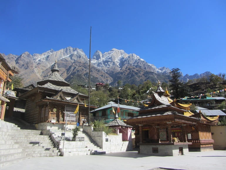 बेरिंग नाग मंदिर