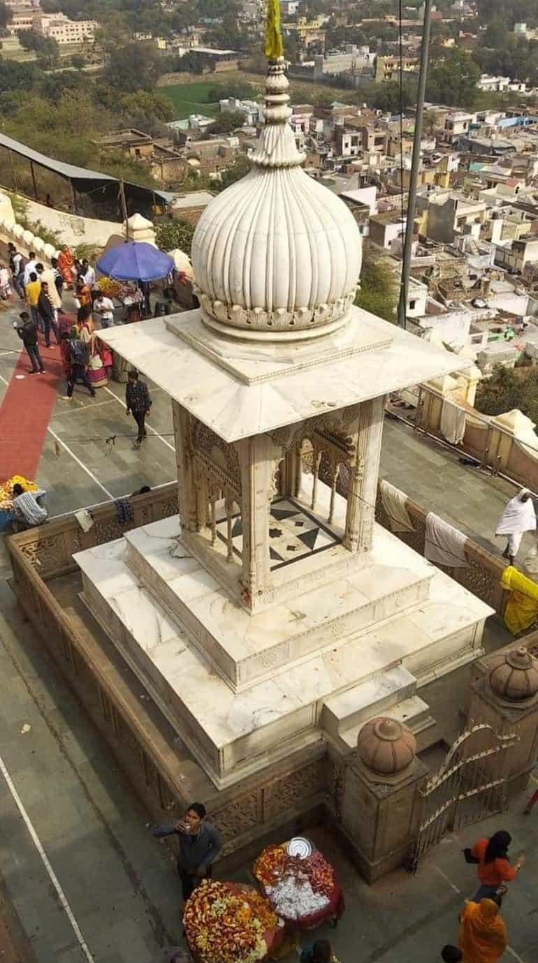 मदन मोहन मंदिर का इतिहास