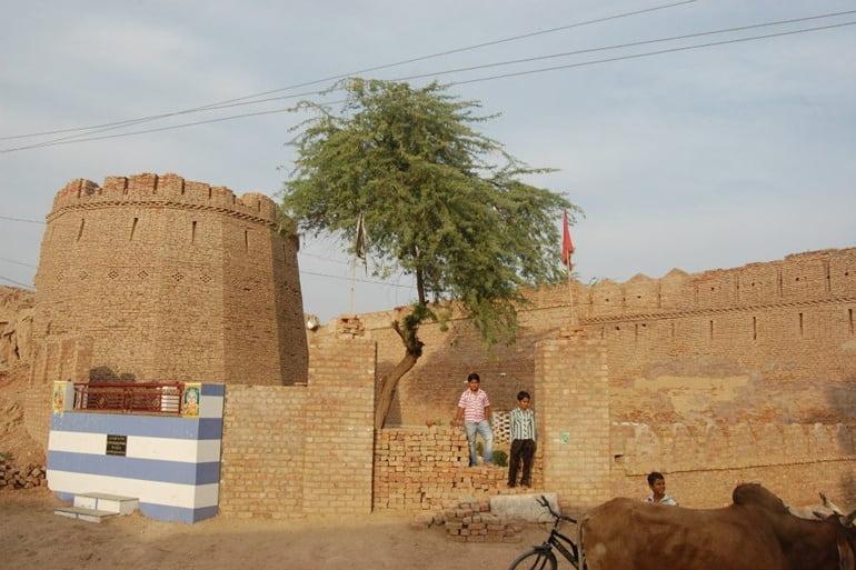 श्रीगंगानगर पर्यटन में घूमने लायक जगह अनूपगढ़ फोर्ट