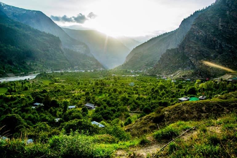 बाटसेरी गाँव