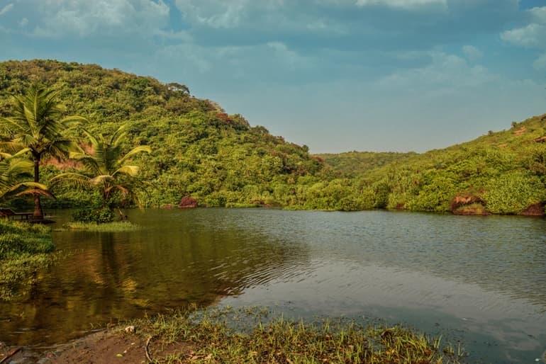 हनुमान झील