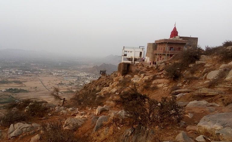 पुष्कर सावित्री मंदिर का धार्मिक महत्व