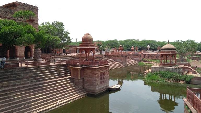 धौलपुर के धार्मिक स्थल मचकुंड मंदिर
