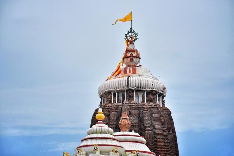फ्री में भरपेट स्वादिष्ट खाना खाए जगन्नाथ मंदिर, ओडिशा