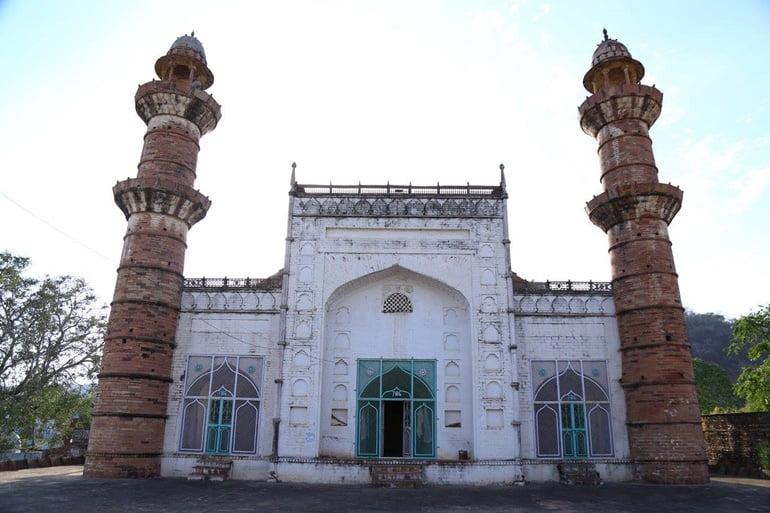 शाहाबाद शाही जामा मस्जिद