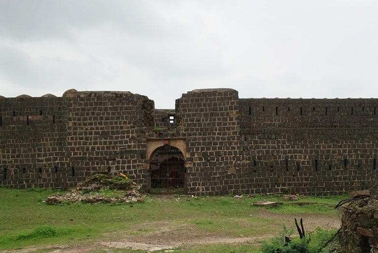गुगोर किला