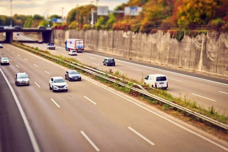 कैसे पहुंचें दौसा सड़क मार्ग से