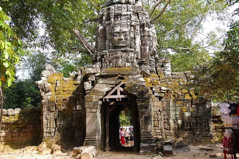 अंगकोर वाट मंदिर का प्रवेश शुल्क