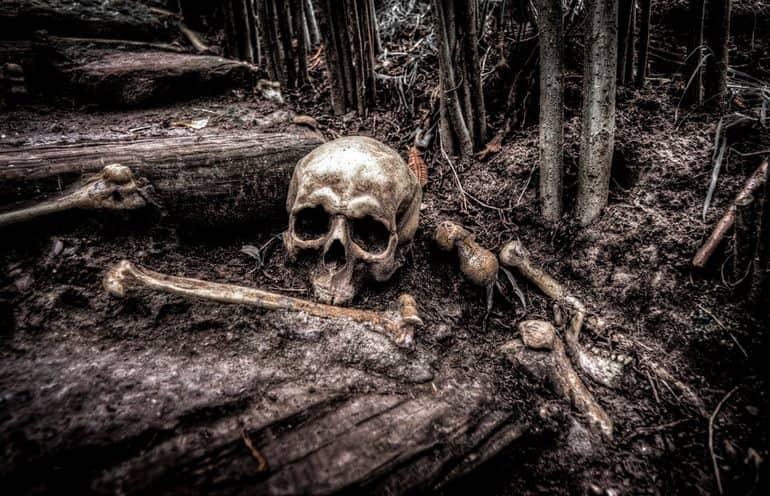 भारत की प्रसिद्ध रहस्यमय जगह कंकाल झील उत्तराखंड