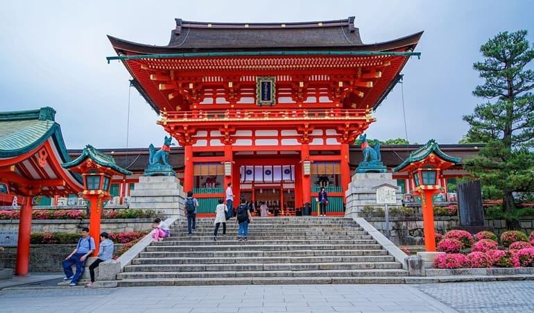 सबसे सुरक्षित जापान पर्यटन जहा महिलाये अकेली घूमने जा सकती है