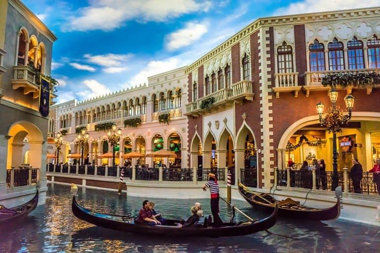 लास वेगास पर्यटन में घूमने लायक जगह द विनीशियन