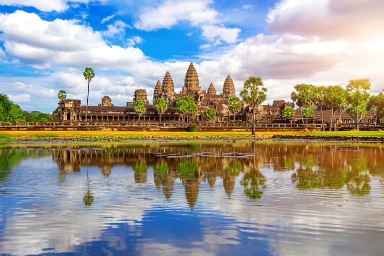कंबोडिया के अंकोरवाट मंदिर घूमने जाने का सबसे अच्छा समय