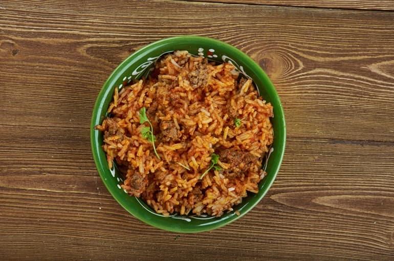 """भारत के मेघालय राज्य में खाये जाने वाला अजीब भोजन """"जदोह"""" Jadoh"""