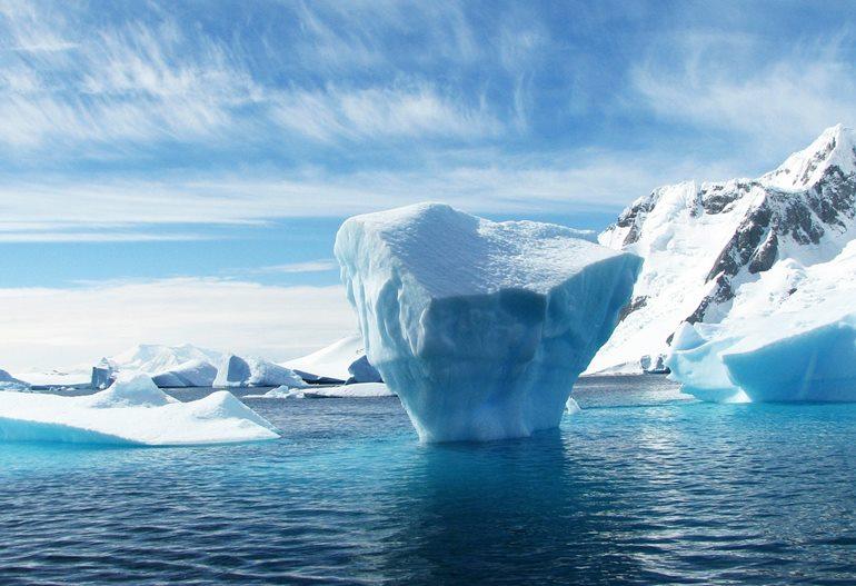 अंटार्कटिका महाद्वीप घूमने जाने का सबसे अच्छा समय