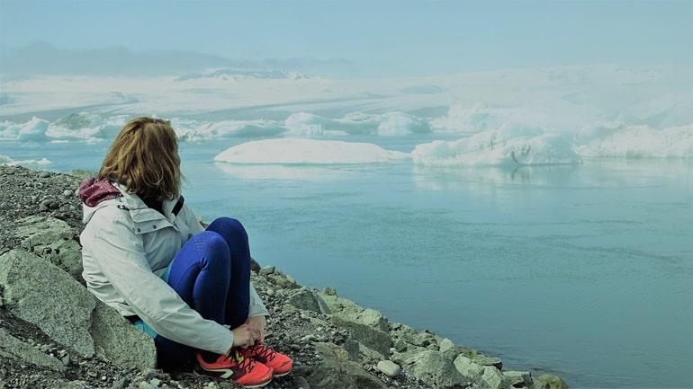 अकेली घुमने वाली महिलाओ के लिए सबसे सुरक्षित देश आइसलैंड