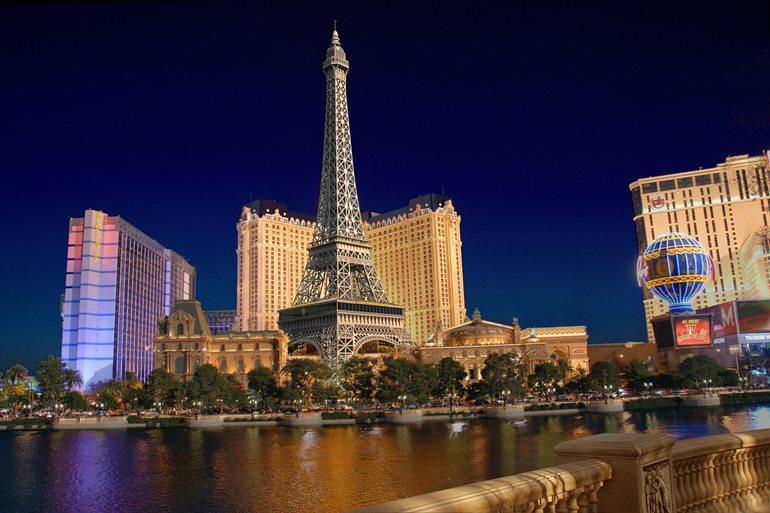 लास वेगास में घूमने का सबसे खूबसूरत जगह पेरिस लास वेगास