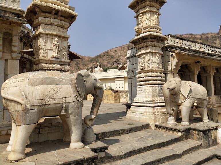 जगत शिरोमणि मंदिर जयपुर का इतिहास