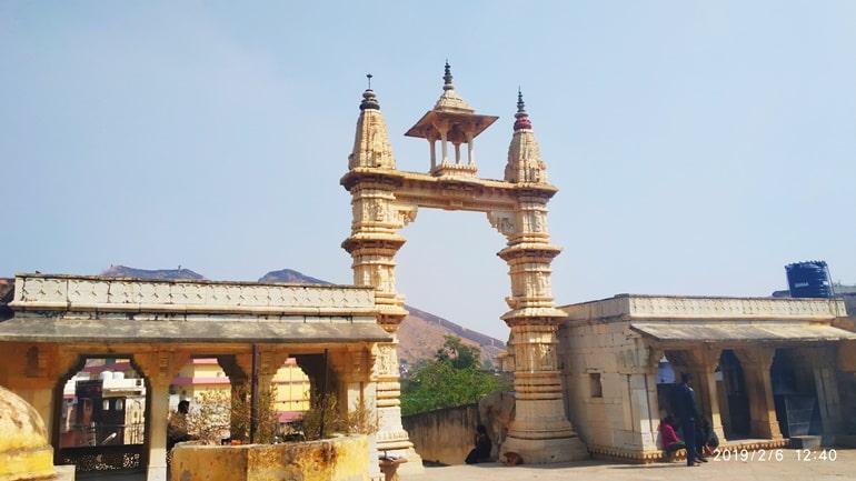 जयपुर के जगत शिरोमणि मंदिर की एंट्री फ़ीस