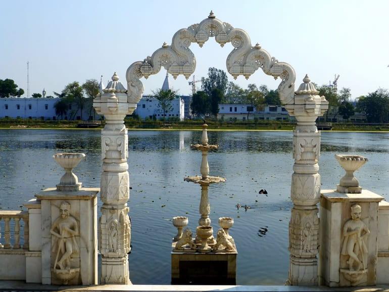 बिहार का प्रमुख तीर्थ स्थल पावपुरी