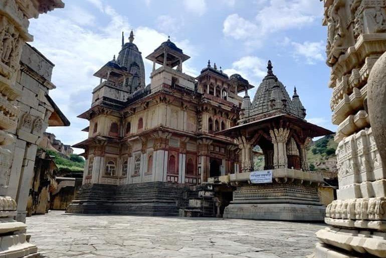जयपुर के जगत शिरोमणि मंदिर के दर्शन की जानकारी - Jagat Shiromani Temple Jaipur In Hindi