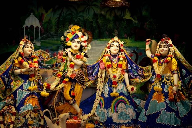 प्रेम मंदिर मथुरा में मनाये जाने वाले उत्सव