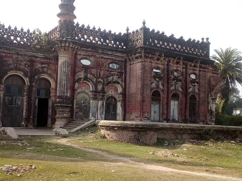 बिहार की फेमस टूरिस्ट प्लेस नौलखा पैलेस राजनगर