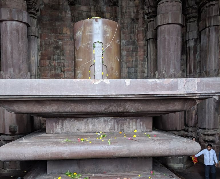 भोजपुर मंदिर में स्थित शिवलिंग
