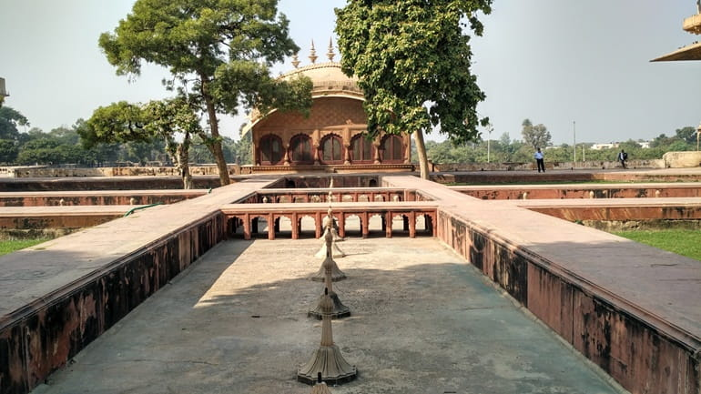 भरतपुर पैलेस और संग्रहालय