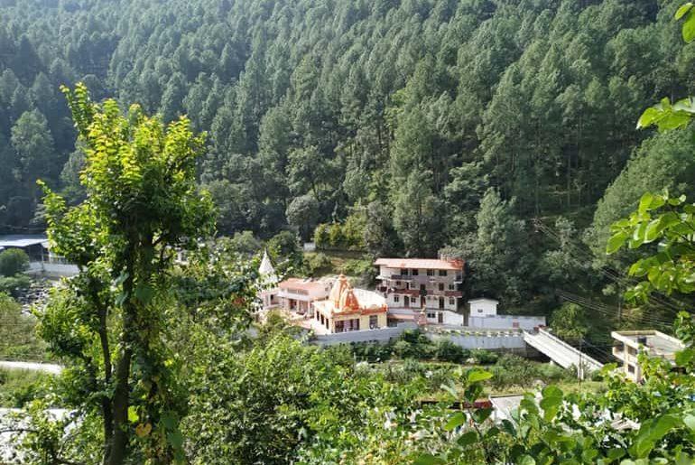भवाली हिल स्टेशन में घूमने लायक पर्यटन स्थल की जानकारी - Bhowali In Hindi