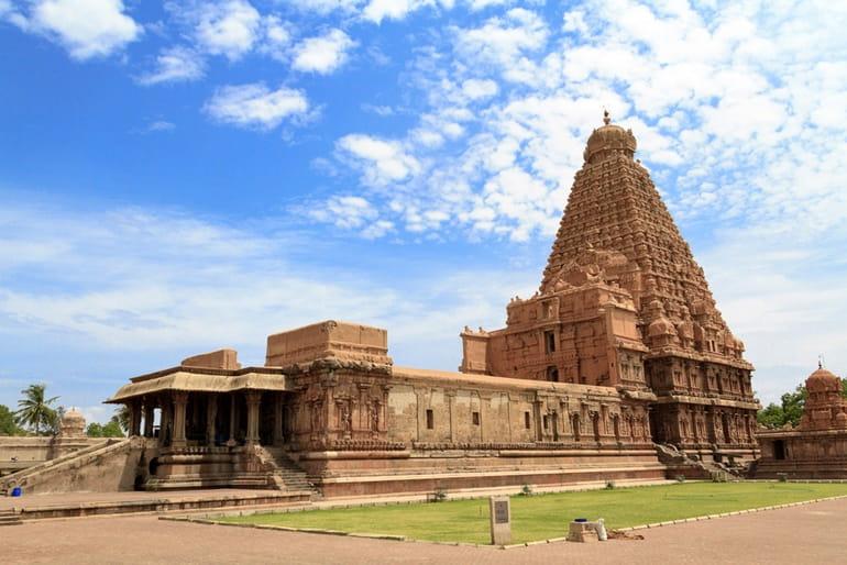 बृहदेश्वर मंदिर तंजावुर