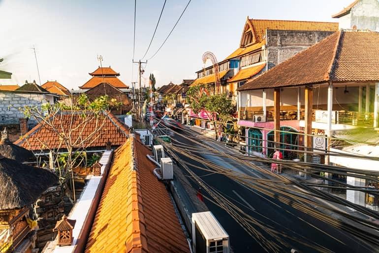 बाली टूरिज्म में देखने लायक जगह उबुद आर्ट मार्केट
