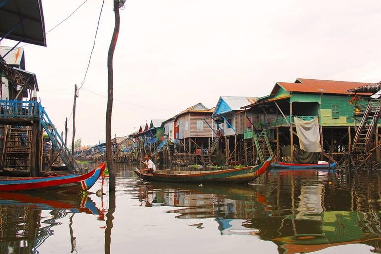 कम्बोडिया का आकर्षण स्थल टोनले सैप लेक