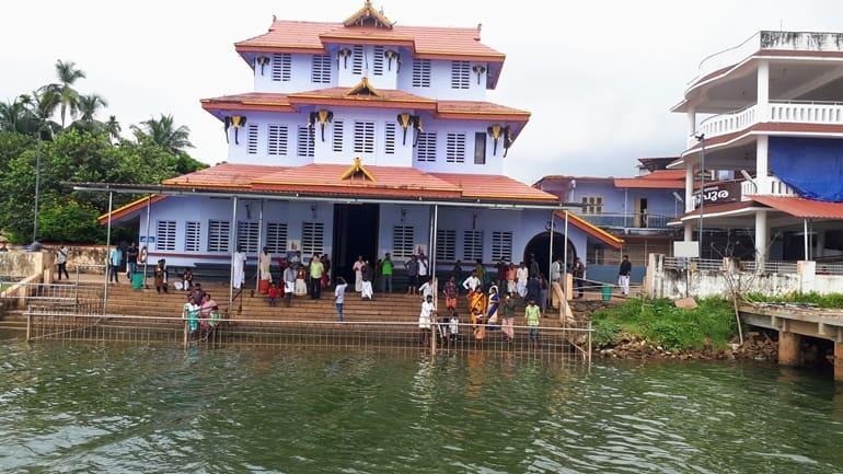 श्री परसनीकादवु मुथप्पन मंदिर