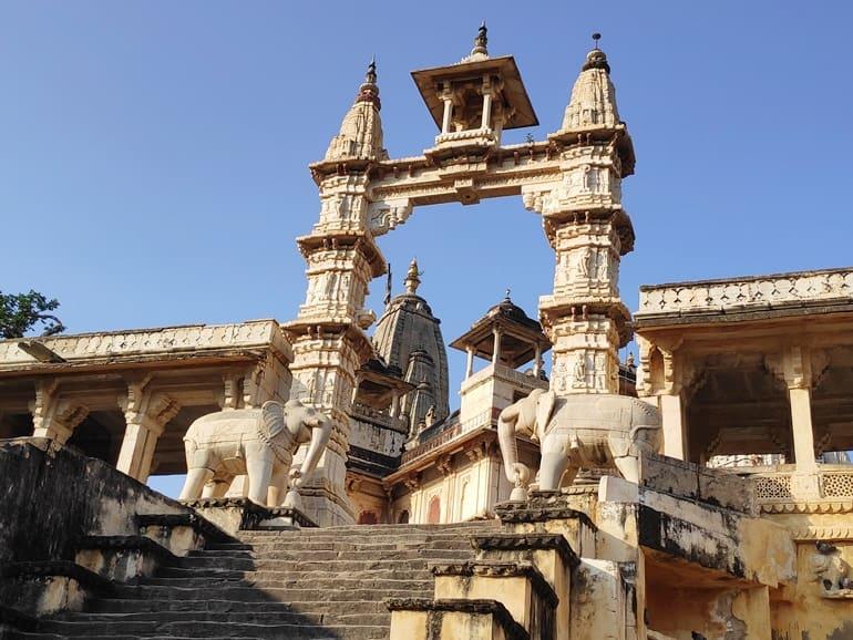 जगत शिरोमणि मंदिर जयपुर घूमने जाने का सबसे अच्छा समय