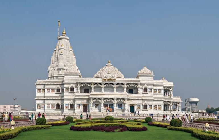 प्रेम मंदिर मथुरा के दर्शन करने का सबसे अच्छा समय