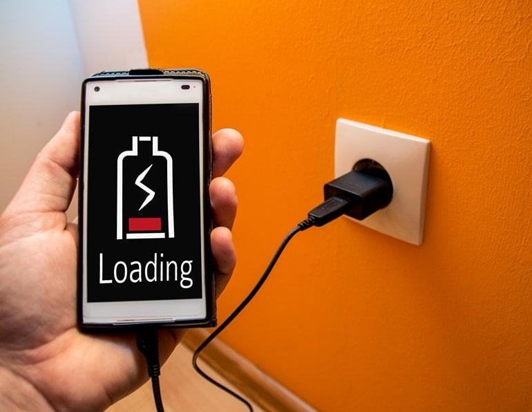 एयरपोर्ट पर चार्जर कैसे मिलेगा