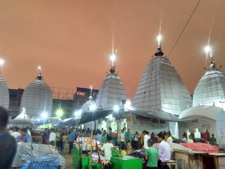 बैद्यनाथ धाम मंदिर में लगने वाला प्रसिद्ध श्रावण मेला