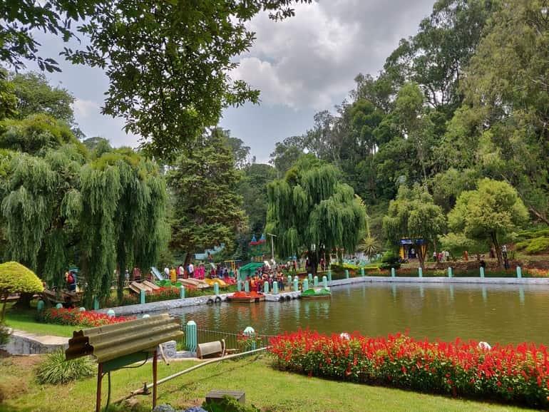 कुन्नूर पर्यटन में घूमने की अच्छी जगह सिम्स पार्क - Coonoor Paryatan Me Ghumne Ki Achi Jagah Sim's Park In Hindi